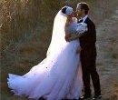 Энн Хэтэуэй и Адам Шульман - жених и невеста
