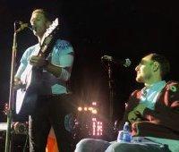 Крис Мартин и Роб, концерт в Дублине, 2017