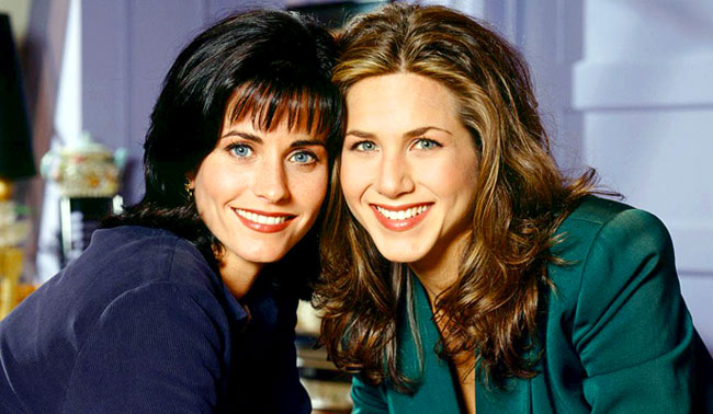 courteney-cox-i-jennifer-aniston-serial-druzya