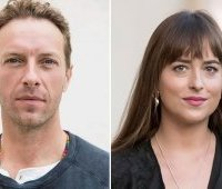 dakota johnson и chris martin расстались