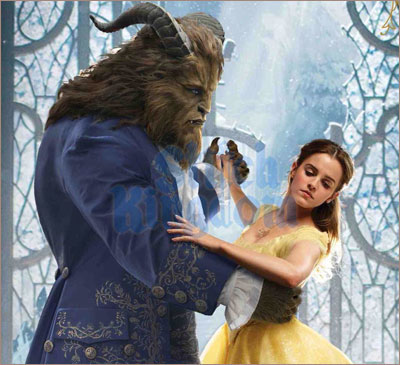 Эмма Уотсон, кадр из фильма «Красавица и чудовище»