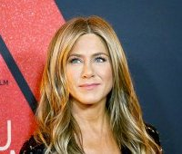 jennifer-aniston-50-let