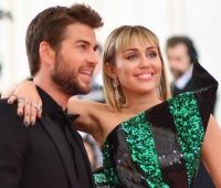 Liam-Hemsworth-i-Miley-Cyrus-Met-Gala-2019